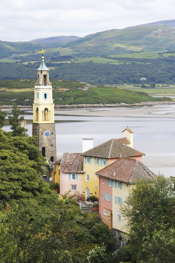 …in a not-so-far away land… | 28 Magical Photos You Won't Believe Are In Britain - Portmeirion