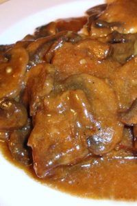 Stupid-Easy Slow Cooker Swiss Steak – It Melts In Your Mouth!