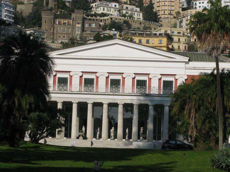 Napoli, la bellezza di Villa Pignatelli