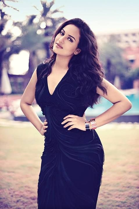 Motivation! Sonakshi Sinha: beautiful, healthy, happy, confident, sexy. She is not the skinniest gal around and yet she is incredibly stunning.