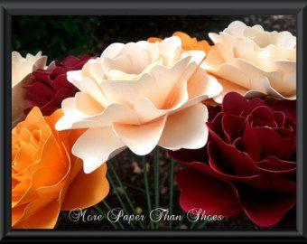 Fleurs en papier - fleurs d'automne - tiges - mixte - fait-main - des couleurs faites sur commande - lot de 24