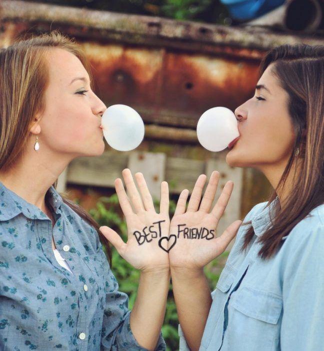 20 Fotos que toda chica debe tomarse con su mejor amiga ¡Son super divertidas!
