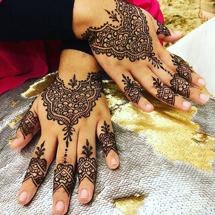 Bridal henna  #henna #hennasg #hennadesign #hennaart #floral #mehndi #mehendi #inai #inaisg #mandala #mandalaart #mandalahenna  #hennartist #raya #hennatattoo #eid #hennagram #wedding #love #picoftheday #art #design #deepavalli #hennainspire #diwali #hennartistsg #hennamandala #singapore #sg