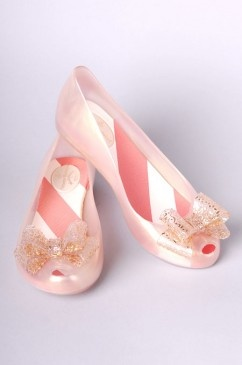 pink twinkle toes: Pink Twinkle, Pink Color, Faaaaaavorite Color, Twinkle Toes, Delicate Pink