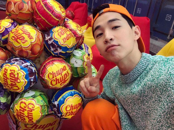 170313 Henry Lau Instagram