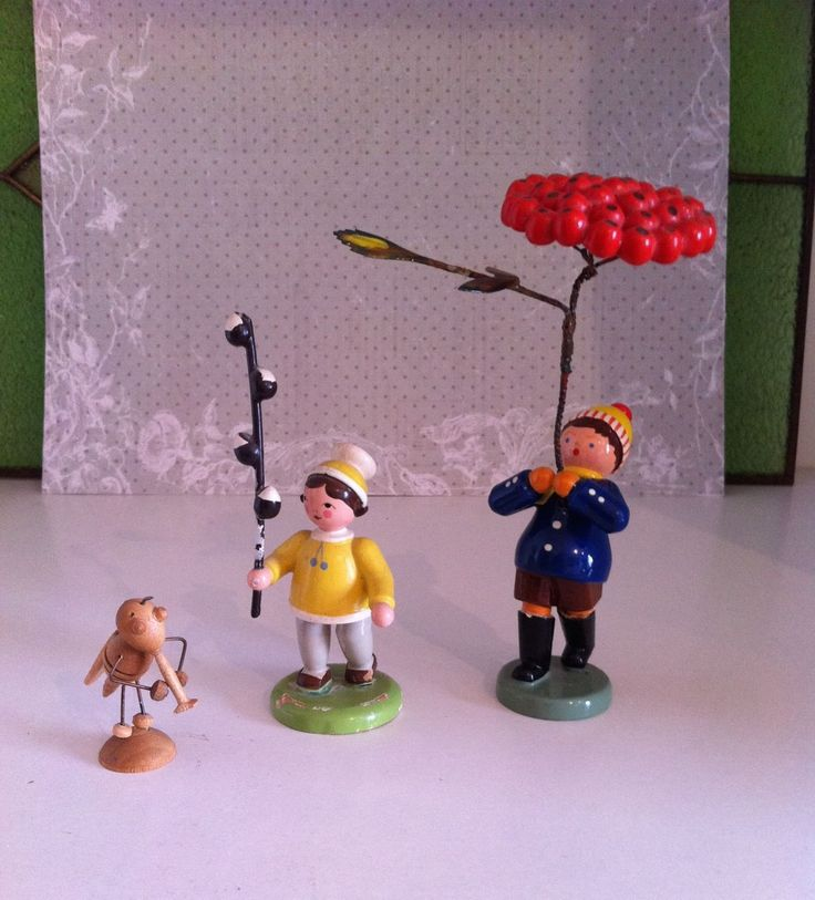 Erzgebirge: drei Figuren Blumenkinder Insekt alt in Antiquitäten & Kunst, Volkskunst, Erzgebirge   eBay