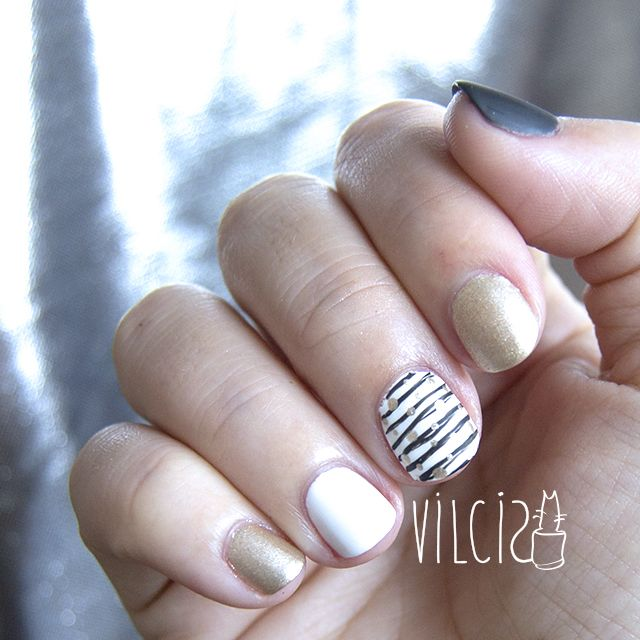 116 best Nail art by Vilcis images on Pinterest | Nail art, Nails ...