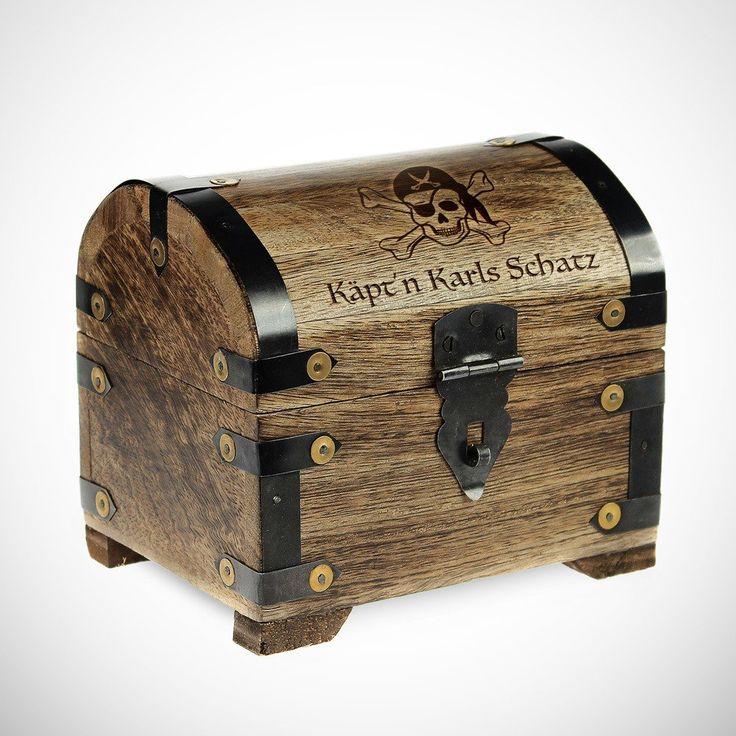 Unsere tolle Schatztruhe ist ideal für den Piratenschatz. Tolle Idee für kleine oder große Piraten. #Piratenschatz #Geschenk Schatztruhe