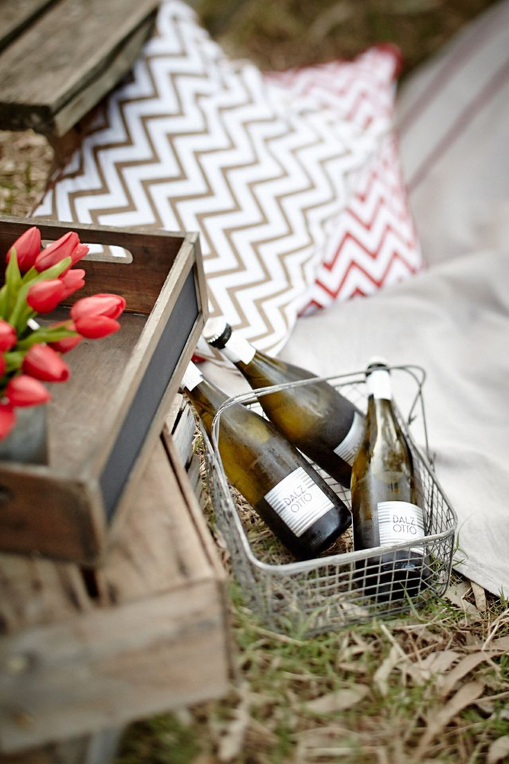 Packing Prosecco Experience - picnic + river + prosecco + milawa cheese + horses. www.forgesfarm.com