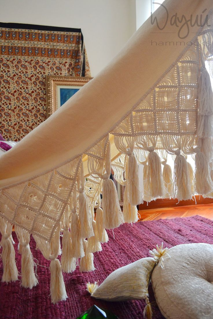 Handmade hammock, this product is carefully handcrafted on a manual loom by women from a town called Morroa in Colombia.  Color: Beige. Full length: 11 Ft Body length : 6,5 Ft Width: 5Ft Skirts: 2 Ft Material: Cotton Weight: 4,6 Pounds Capacity: 280- 330 Pounds  The side skirts are an amazing macrame work ending with very nice fringes a lot of work, time and love.