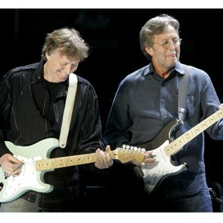 Reunion of STEVE WINWOOD and ERIC CLAPTON playing the old Blindfaith classic 'Can't Find My Way Home'. Excellent.
