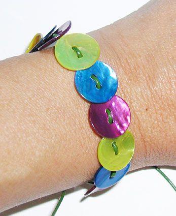 Un joli bracelet.