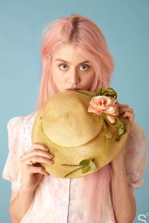 Alison Harvard from America's Next Top Model, she is AMAZING. ♥ pink hair whaaat