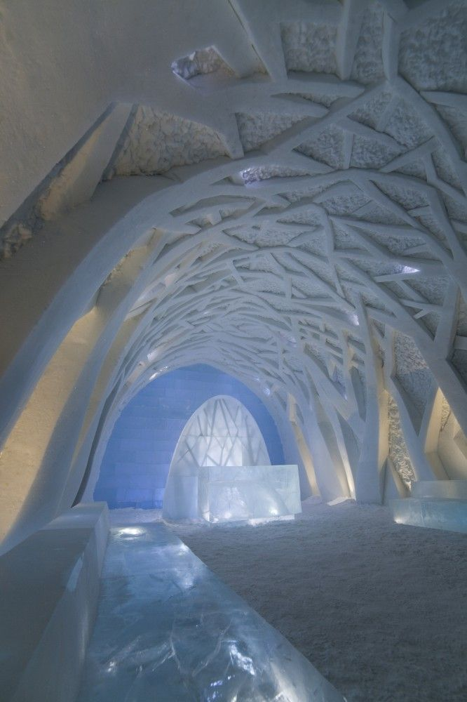 Ice Hotel Sweden - Located in the small village of Jukkasjärvi in northern Sweden 200 kilometers north of the Arctic Circle, ICEHOTEL may be the epitomy of ephemeral and temporal architecture. The world's first and largest hotel built out of snow and ice is an inhabitable work of art that takes on a new form each year.