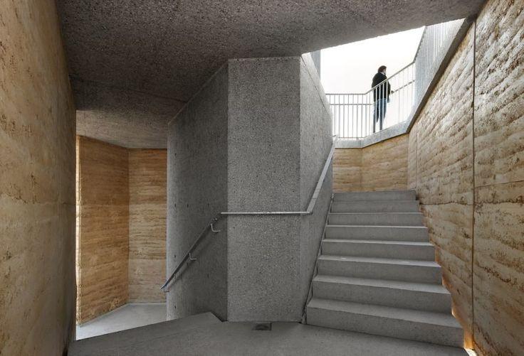 Rammed earth construction Observation Tower Negenoord by De Gouden Liniaal Architecten