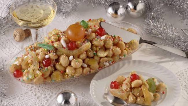 Gli struffoli: protagonisti delle tavole natalizie di Napoli