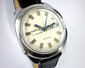 Vintage Chaika Men's mechanical watch from Soviet/Ussr