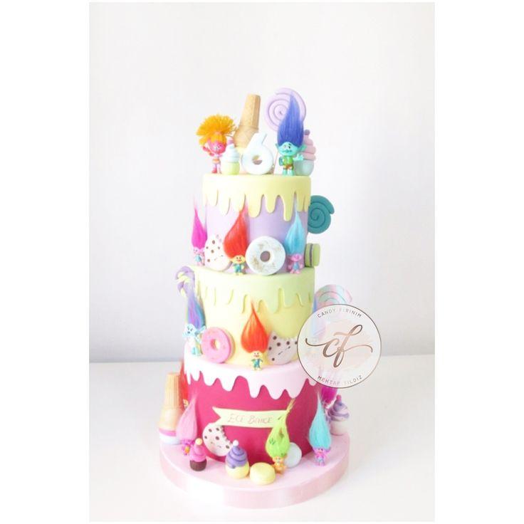 Trolls Cake  #trolls #trollcake #caketopper #sugarart #butikpasta #sekerhamuru #trollpasta #candyfirinim