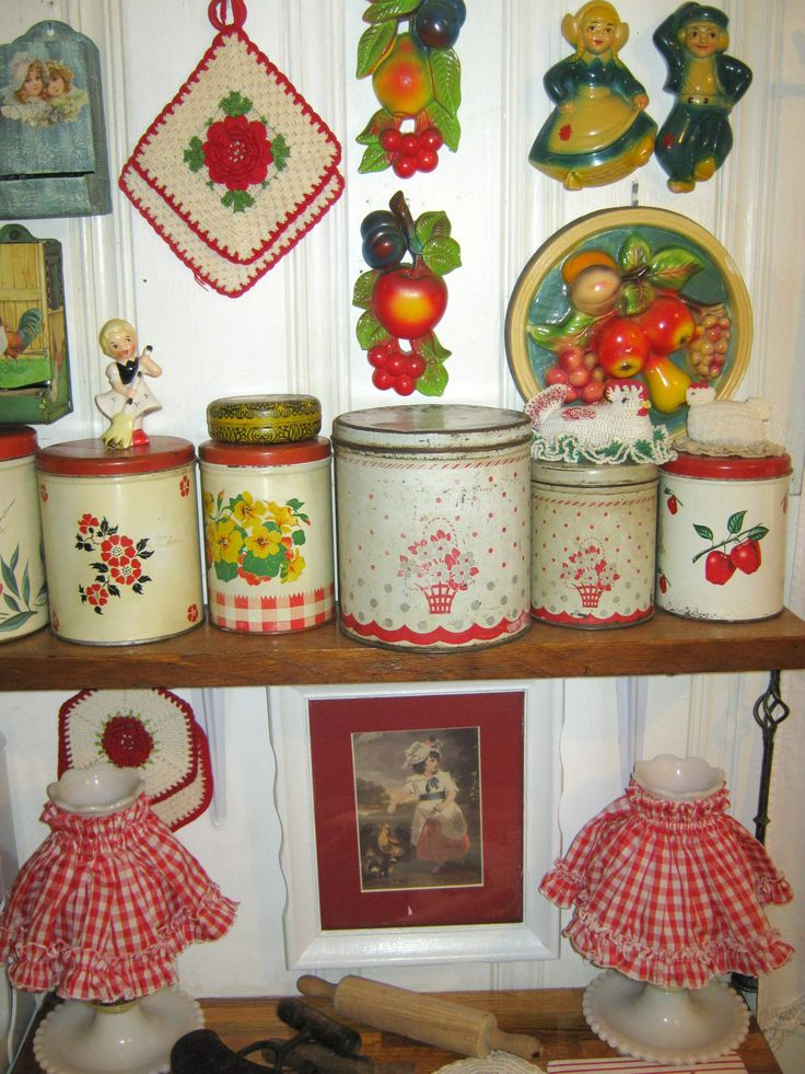Vintage Kitchen Tins, Chalk Ware, Crochet Pot Holders All Nice Decor Items  Inu2026
