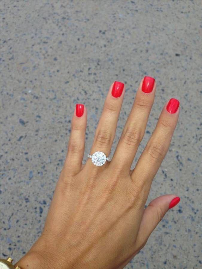 Tendance Vernis : Manucure de mariage rouge