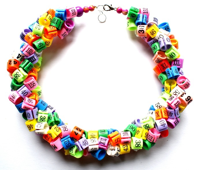 "Republika artystyczna by Anna Dunin Holecka, necklace ""One size!"" 2011"