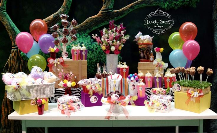 Mesa de dulces de Madagascar!!! Detalles personalizados que marcan la diferencia!!!