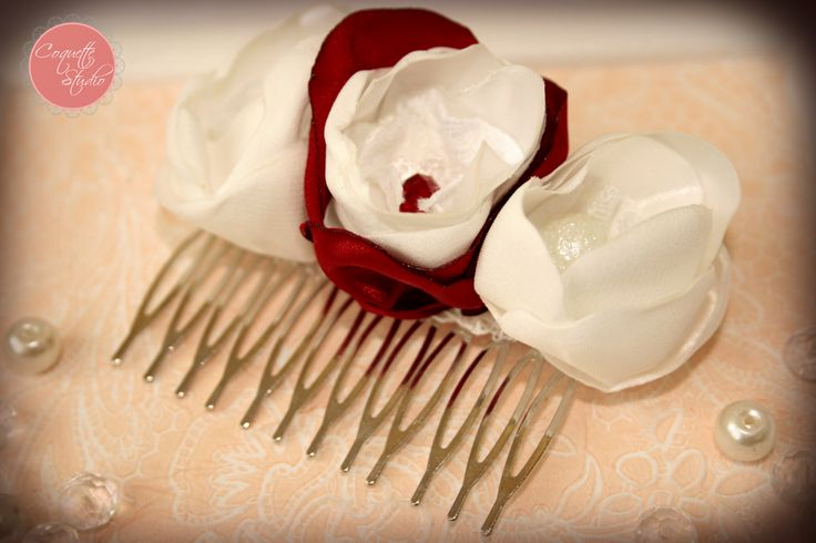 Bride hair accessory. Red and white flowers. Unique and handmade by Coquette Studio.   coquette_studio@yahoo.com