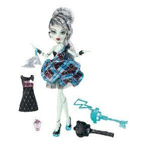 Poupée Monster High Frankie Stein Tenue de soirée de Mattel MATTEL à 39,00 € chez Cadeaux groupes #monsterhigh
