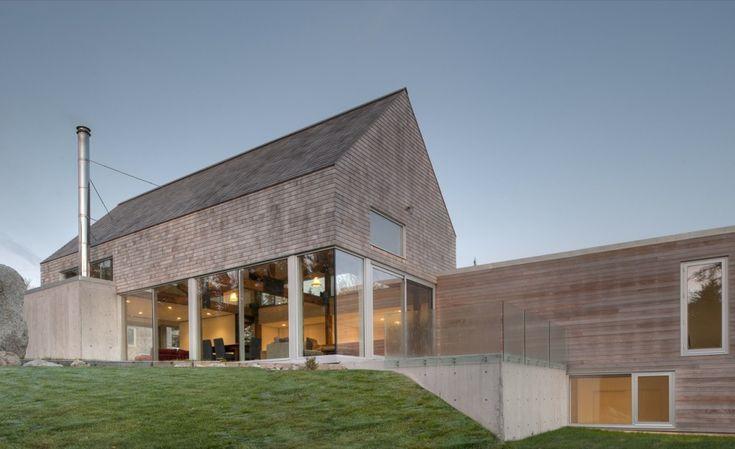 Martin-Lancaster House in Nova Scotia, Canada by MacKay-Lyons Sweetapple Architects
