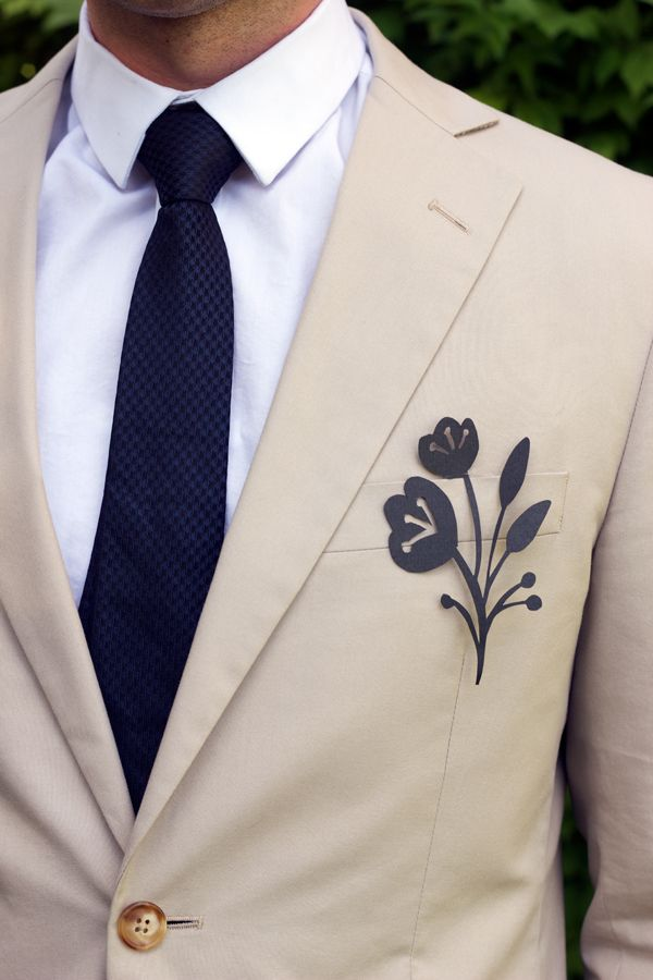 217 best modern wedding grooms boutonnieres images on pinterest diy delicate paper boutonnieres these paper boutonniere suit accessories simple and stylish solutioingenieria Image collections