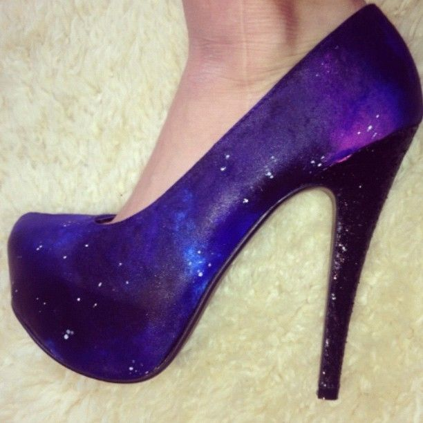 1000  images about Fabulous shoes on Pinterest | Pump Skull heels