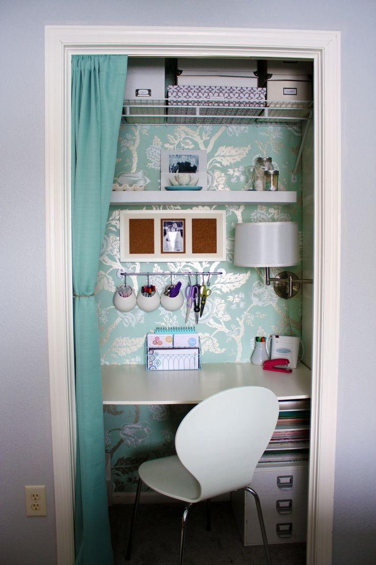 Closet office ... I love this idea.