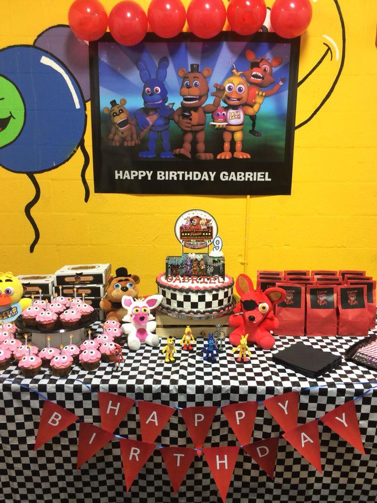 FNAF cake table decor | 6th birthday parties, 9th birthday ...