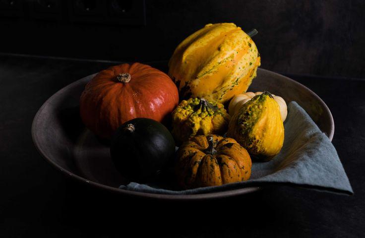 #pumpkin #schöneszuhause mit der grauen #keramik Schale aus Portugal