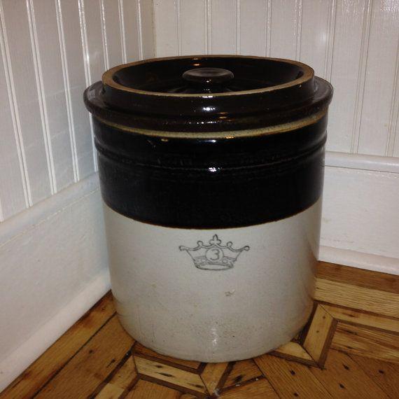 Robinson Ransbottom 3 Gallon Salt Glazed Fermentation Pickling Crock With Lid Salts And