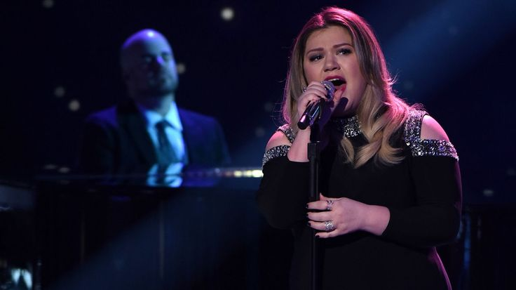 Kelly Clarkson: I Was Blackmailed by Label to Work With Dr. Luke #headphones #music #headphones