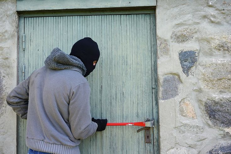 Burglary - What You Need to Know - Smart Home Protection