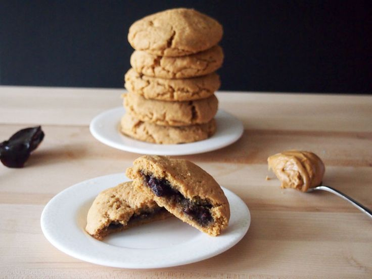 Flourless Peanut Butter and Jelly Cookies | Recipe