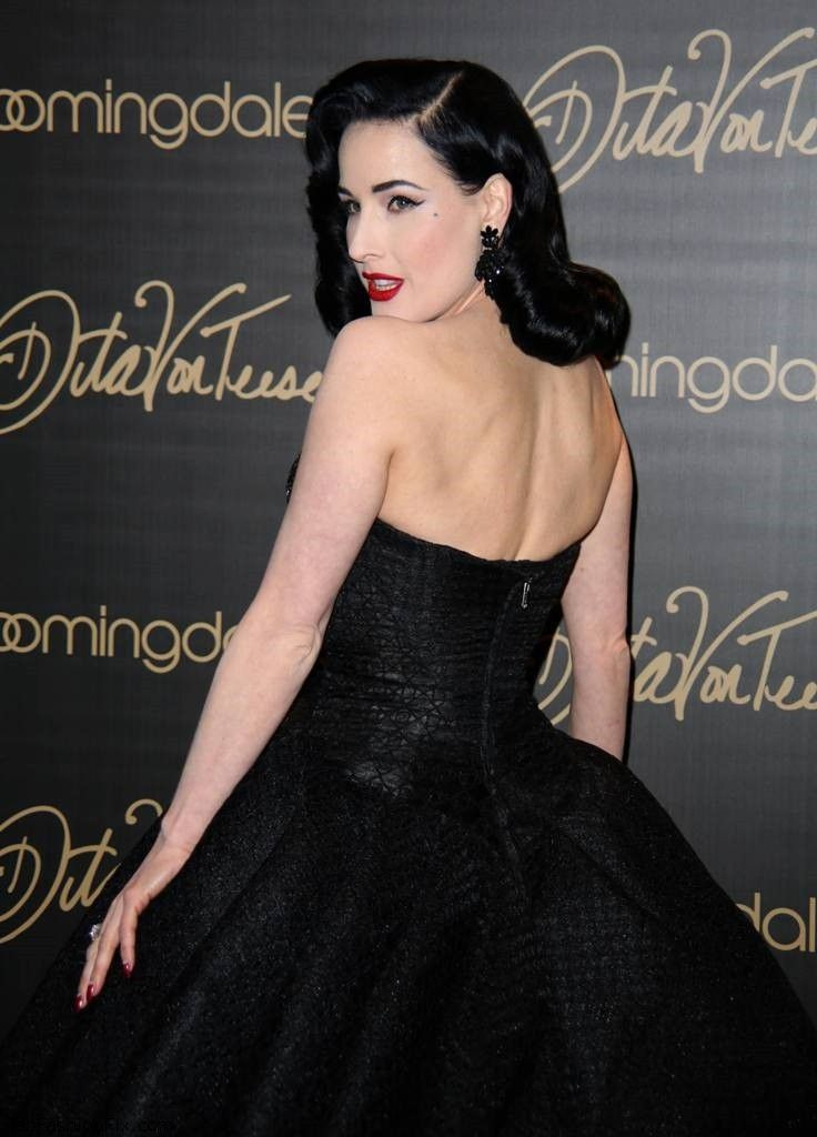 54 best images about dita von teese on pinterest fall fashion week met gala and haute couture. Black Bedroom Furniture Sets. Home Design Ideas
