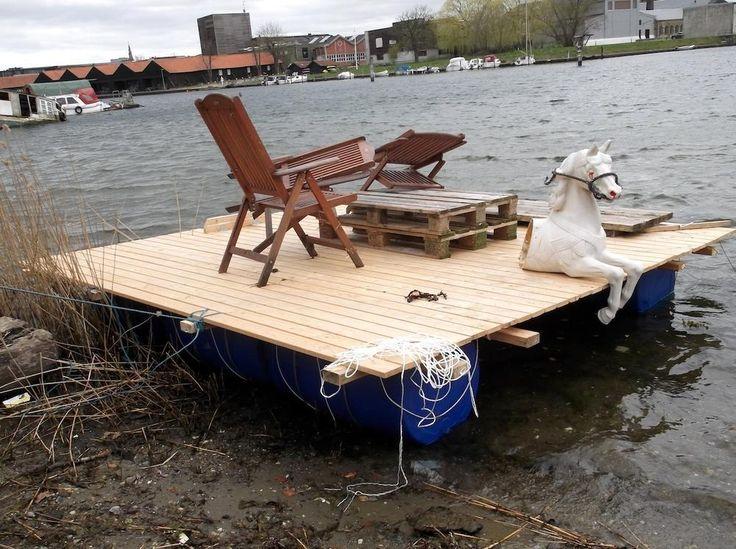 Dacă te-ai săturat să dai bani pe chirie, în Danemarca ai voie să locuiești moca pe mare