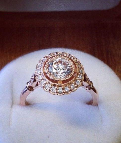 Halo diamond ring- omg future husband TAKE NOTE