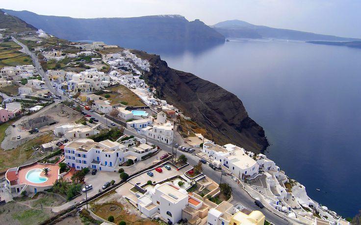 Travel to Santorini Ferries to Santorini Flights to Santorini