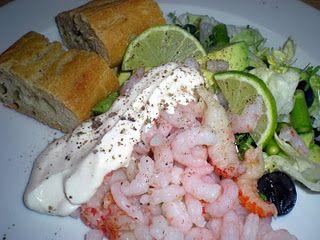Reje/krebsesalat med asparges, avocado og druer…