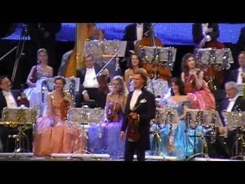 Andre Rieu - SECC Glasgow - Fun, Music and Goosebumps (1/4) - YouTube