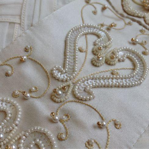Afbeeldingsresultaat voor bead embroidery circle