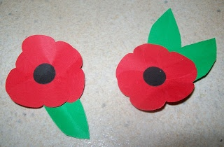 Making simple poppys for ANZAC Day