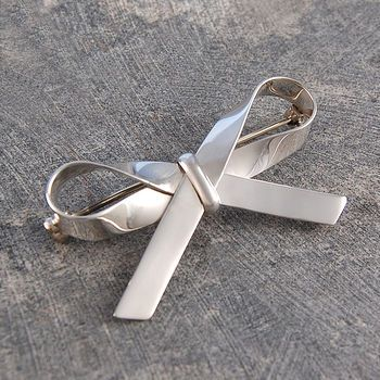 Bow Sterling Silver Ribbon Brooch