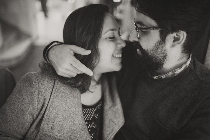 Ensaio de Bodas de Açucar na cafeteria: Rebeca e Raoní - Aliança Rebelde, Carolina Azevedo Photography, ensaio de casal, bodas, cafeteria, prewedding, pre-casamento, São Paulo, inverno