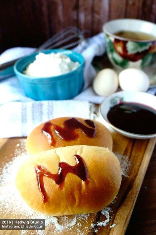 Blueberry buns