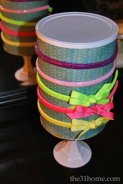 DIY Hairband Holder out of a formula can. www.the31home.com